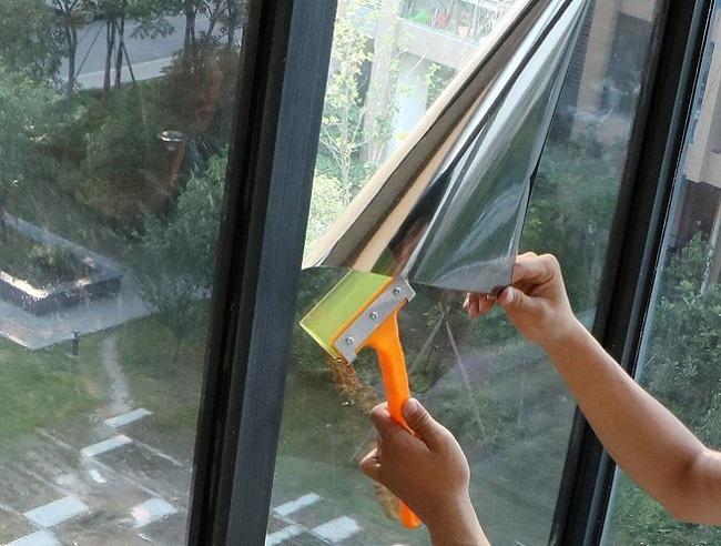 Защитная фольга на окна